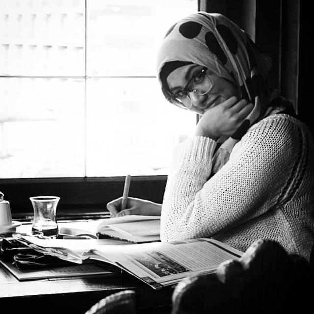 hijab hijabista hijabi fashion fashionista blogger blogeuse marocaine maroc web awards apple laptop macbook dina tokio tokyo pearl daisy hoojab sale how to tutorial hind touissate moroccan girl